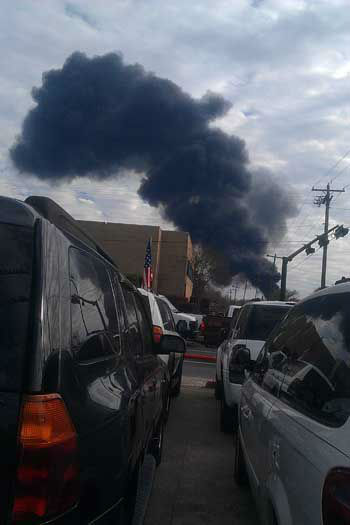 "<div class=""meta ""><span class=""caption-text "">These are photos viewers have sent in from today's fire at the Marathon plant in Texas City.  If you have photos or videos, email them to us at news@abc13.com (Photo/iWitness reports)</span></div>"