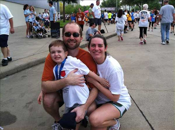 These are viewer photos from Sunday&#39;s Run for the Rose at Reliant Park, which raises money to fund brain cancer research at MD Anderson and children&#39;s programs at Children&#39;s Memorial Hermann. If you were there and took photos, email them to us at news@abc13.com or upload them here. <span class=meta>(iWitness Reports)</span>