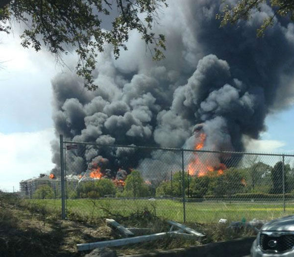 "<div class=""meta ""><span class=""caption-text "">These are photos sent to us at news@abc13.com of the fire that burned in the Montrose area Tuesday. (Photo/iWitness Reports)</span></div>"