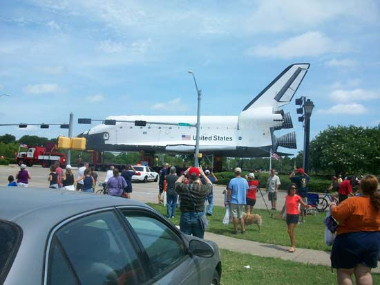 "<div class=""meta image-caption""><div class=""origin-logo origin-image ""><span></span></div><span class=""caption-text"">These are photos you've been sending in from the shuttle's move from Florida to Space Center Houston. If you captured photos or videos of the move, email them to us at news@abc13.com (Photo/iWitness Reports)</span></div>"