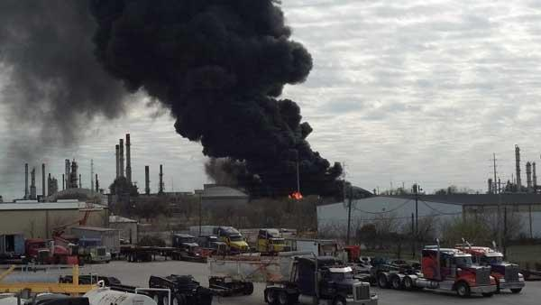Fire burns at Marathon plant in Texas City area