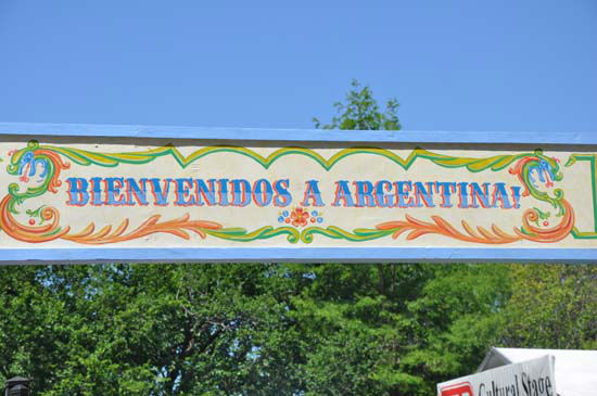 "<div class=""meta image-caption""><div class=""origin-logo origin-image ""><span></span></div><span class=""caption-text"">The 42nd annual Houston International Festival is spotlighting Argentina and it is providing visitors with some of the best cuisine, activities and performing artists from around the world. The Festival will take place two weekends, April 21-22 & April 28-29, 11am -- 8pm.    (KTRK Photo/ Blanca Beltran)</span></div>"
