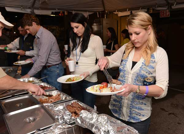 "<div class=""meta image-caption""><div class=""origin-logo origin-image ""><span></span></div><span class=""caption-text"">The Houston Livestock Show and Rodeo's three-day BBQ cookoff kicked off Thursday, and about 300 teams are producing some incredible barbecue for rodeo goers and the chance to be named the winner of the World's Championship Bar-B-Que Contest. (John Mizwa, KTRK Photographer)</span></div>"