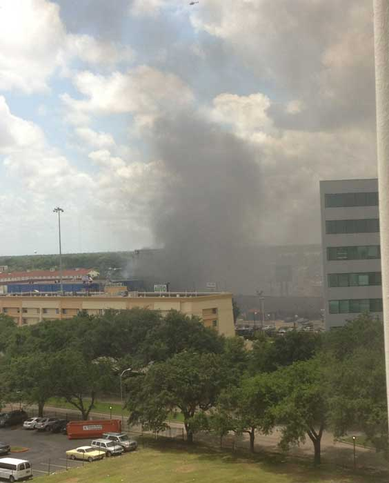 Firefighters are busy battling a massive fire at a southwest Houston hotel <span class=meta>(iWitness Reports)</span>