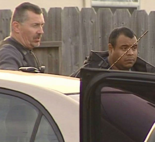 "<div class=""meta ""><span class=""caption-text "">These are photos from the arrest of Matthew Sowders Thursday afternoon.  (Photo/ABC13)</span></div>"
