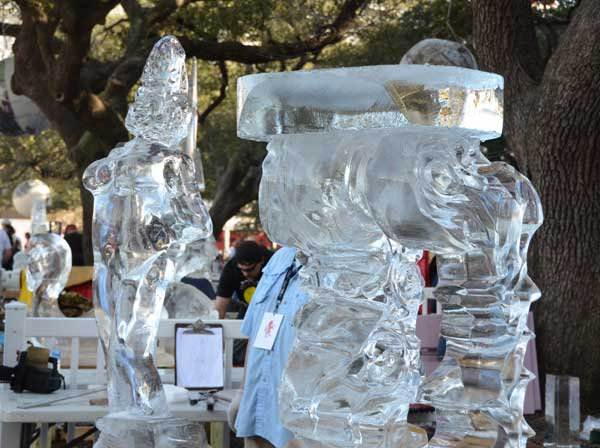 "<div class=""meta image-caption""><div class=""origin-logo origin-image ""><span></span></div><span class=""caption-text"">Photos from the 4th Annual Ice Sculpting Competition at Discovery Green (KTRK/Blanca Beltran)</span></div>"