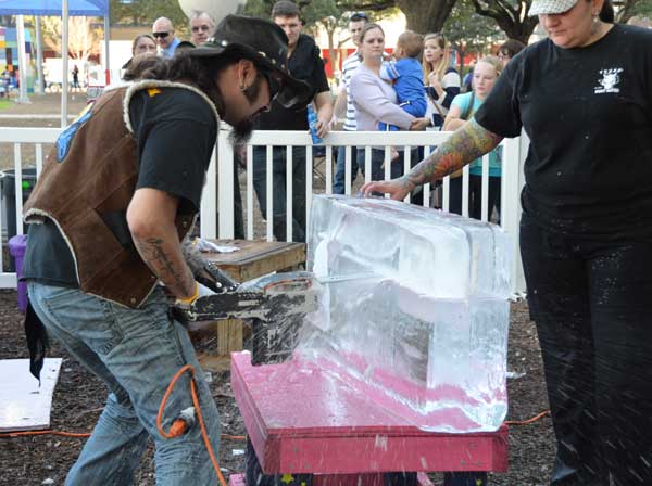 "<div class=""meta ""><span class=""caption-text "">Photos from the 4th Annual Ice Sculpting Competition at Discovery Green (KTRK/Blanca Beltran)</span></div>"