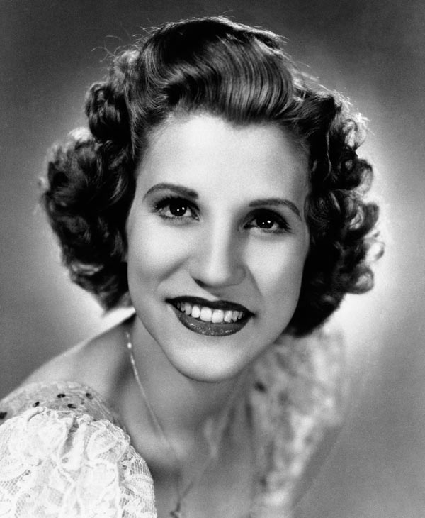 This 1942 file photo shows singer Patty Andrews, the last survivor of the three singing Andrews sisters, who has died in Los Angeles at age 94. Andrews died Wednesday, Jan. 30, 2013, at her home in suburban Northridge of natural causes, said family spokesman Alan Eichler. (AP Photo, File)