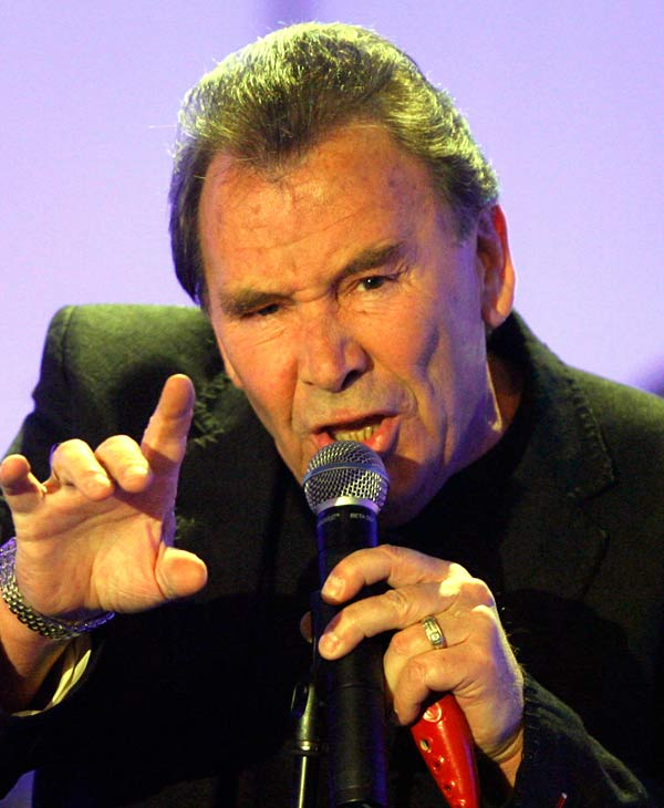 "<div class=""meta image-caption""><div class=""origin-logo origin-image ""><span></span></div><span class=""caption-text"">In this Tuesday, April 29, 2008 file photo Reg Presley, frontman of British rock group The Troggs, performs in a TV studio in Huerth,near Cologne, Germany during the recording of the 50th ""Chart Show - The Best Rock Classics"". Rock star Reg Presley, lead singer of the Troggs on hit songs including ""Wild Thing,"" has died. He was 71. Presley's death after a year-long bout with lung cancer was announced late Monday night Feb. 4, 2013 by friend and publicist Keith Altham on his Facebook page. (AP Photo/Hermann J. Knippertz, File)   </span></div>"
