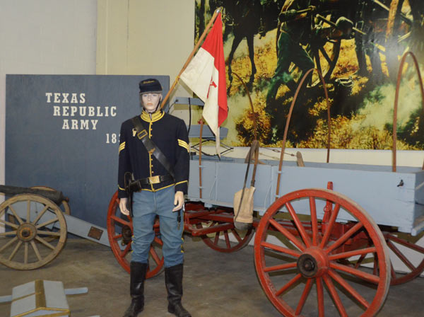 "<div class=""meta ""><span class=""caption-text "">The Military History Museum features many items from the American Civil War, World War I and World War II and it is set to open this year on Canal Street in the East End (KTRK/Blanca Beltran)</span></div>"