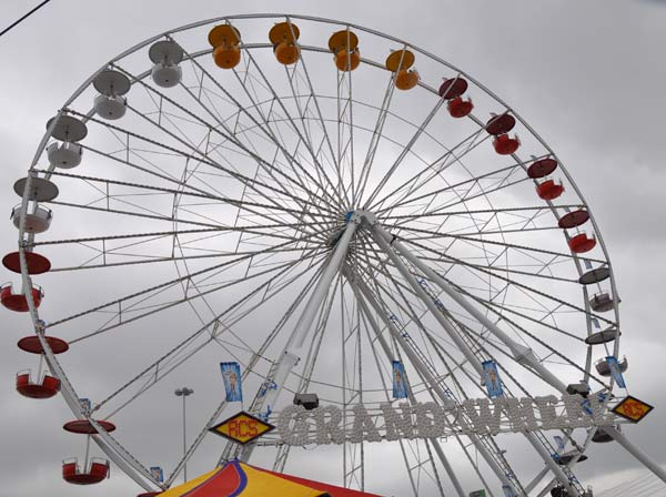 "<div class=""meta image-caption""><div class=""origin-logo origin-image ""><span></span></div><span class=""caption-text"">Images from the Carnival at the Houston Livestock Show and Rodeo  (KTRK/Blanca Beltran)</span></div>"