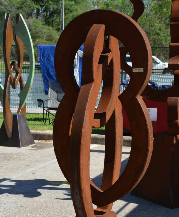 "<div class=""meta ""><span class=""caption-text "">Images of some of the artwork featured at this weekend's Bayou City Art Festival in Memorial Park (KTRK/Blanca Beltran)</span></div>"
