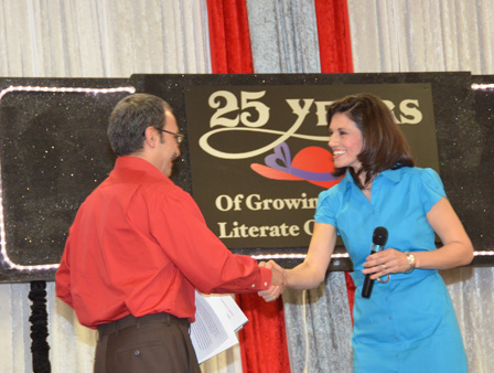 The Adult Reading Center held its annual Red Hat Literacy Luncheon this week.  It&#39;s an event that celebrates the community&#39;s enthusiasm in developing better reading skills. ABC-13 anchor Elissa Rivas served as Mistress of Ceremonies.  At least three scholarships were handed out to students seeking to further their education. <span class=meta>(KTRK&#47;Blanca Beltran)</span>