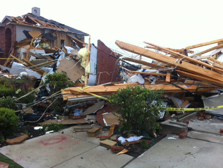 "<div class=""meta ""><span class=""caption-text "">Images from the damage left behind by tornadoes in the Dallas and Fort Worth area (KTRK/Demond Fernandez)</span></div>"