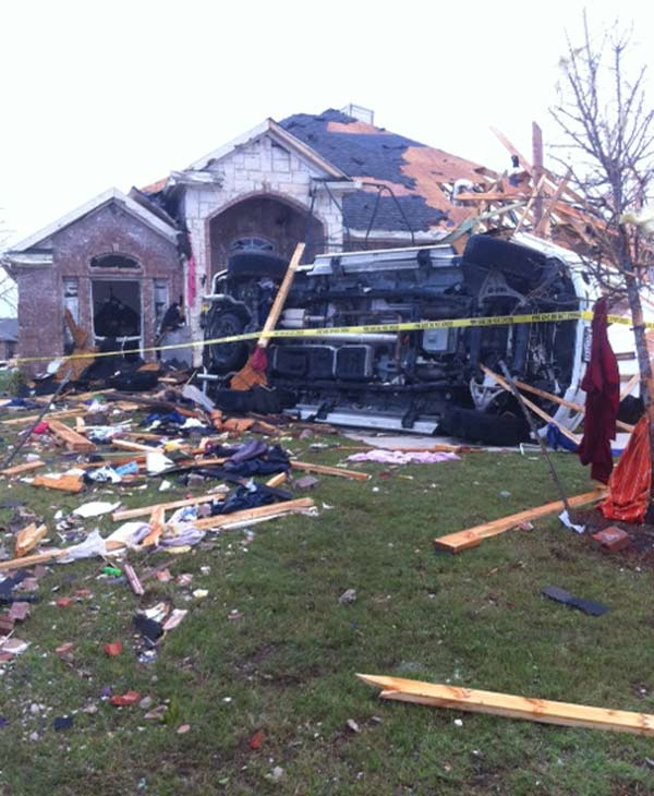 Images from the damage left behind by tornadoes in the Dallas and Fort Worth area <span class=meta>(KTRK&#47;Demond Fernandez)</span>
