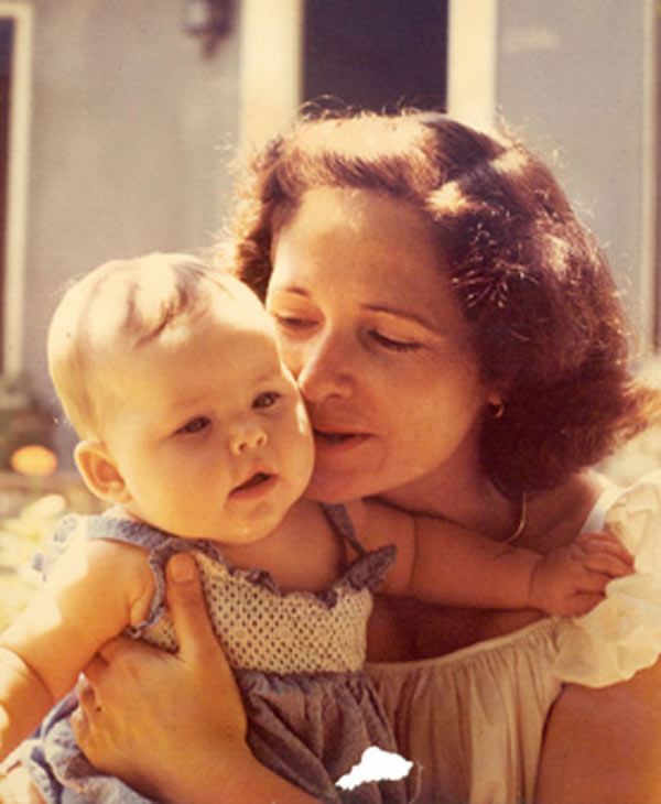 ABC-13 reporter Deborah Wrigley and her mother <span class=meta>(Deborah Wrigley)</span>