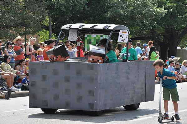 "<div class=""meta image-caption""><div class=""origin-logo origin-image ""><span></span></div><span class=""caption-text"">More than 250 entries took to the streets in Houston's 26th Annual Art Car Parade, billed as the city's largest free public art event.  Designs of all shapes and sized amazed and delighted the crowd on Saturday, May 11, 2013. (KTRK Photo)</span></div>"