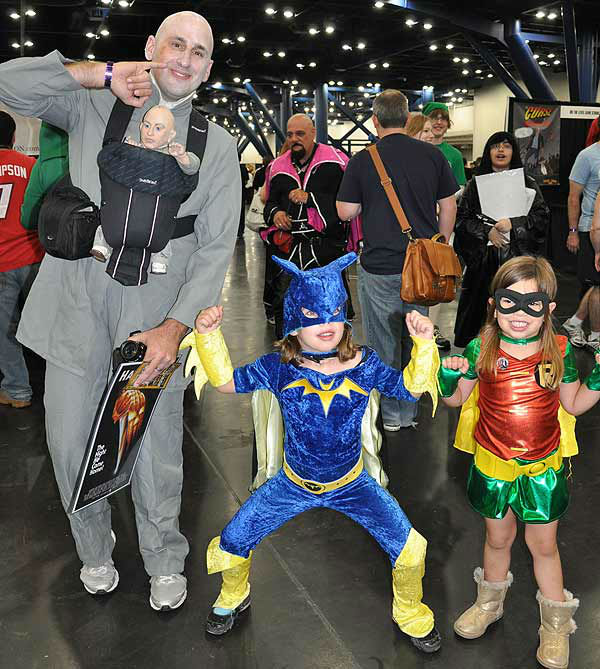 "<div class=""meta image-caption""><div class=""origin-logo origin-image ""><span></span></div><span class=""caption-text"">Comicpalooza, held May 24-26, 2013, at the George R. Brown Convention Center, is a multi-format convention celebrating not just comics, but also sci-fi and fantasy, horror, steam punk, New Media, movies, film, and gaming of all types.  Fans of all ages honored their favorites in style! (KTRK Photo)</span></div>"