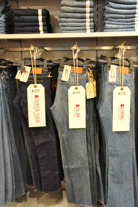 "<div class=""meta image-caption""><div class=""origin-logo origin-image ""><span></span></div><span class=""caption-text"">H&M, Hennes & Mauritz, the popular global retailer known for offering fashion-forward apparel and quality basics, opened on Thursday, May 31st.   H&M at Baybrook Mall will give Houston shoppers access to the latest trends at the best prices. (KTRK Photo/ Blanca Beltran)</span></div>"
