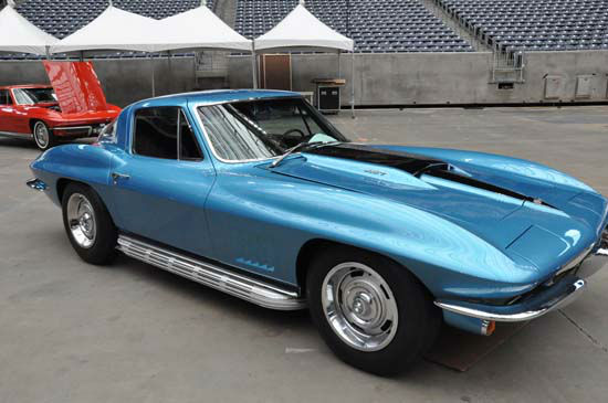 "<div class=""meta image-caption""><div class=""origin-logo origin-image ""><span></span></div><span class=""caption-text"">The ninth annual Classy Chassis? Concours d' Elegance will be held on Saturday, June 9 and Sunday, June 10, 2012 at Reliant Stadium.  This world-class concours event will feature more than 100 unique and rare automotive icons, exotic hand-built sports cars, hot rods and full-out racing machines from some of the finest private collections and museums throughout the United States. The 2012 features will be Bonneville Race Cars & Aston Martin. Classy Chassis? Concours d' Elegance is a family friendly event with concessions, live music, entertainment and something for everyone. (KTRK Photo/ Blanca Beltran)</span></div>"