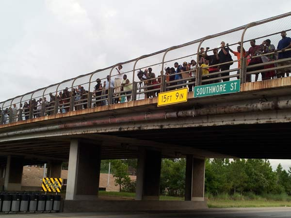 "<div class=""meta image-caption""><div class=""origin-logo origin-image ""><span></span></div><span class=""caption-text"">Hundreds in Houston gathered to protest the acquittal of George Zimmerman in the Trayvon Martin shooting. They marched down the street and at one point blocked Highway 288 as they marched across the highway yesterday.  If you've got photos, send them to us at news@abc13.com and we'll post them all on our iWitness Reports page. (Photo/iWitness Reports)</span></div>"