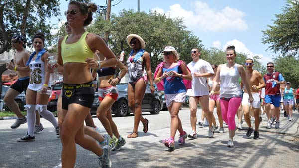 "<div class=""meta image-caption""><div class=""origin-logo origin-image ""><span></span></div><span class=""caption-text"">Participants in this year's Hot Undies Run stripped down to their skivvies for a good cause. Proceeds went to the Children's Tumor Foundation. (KTRK Photo/ Kristy Gillentine)</span></div>"