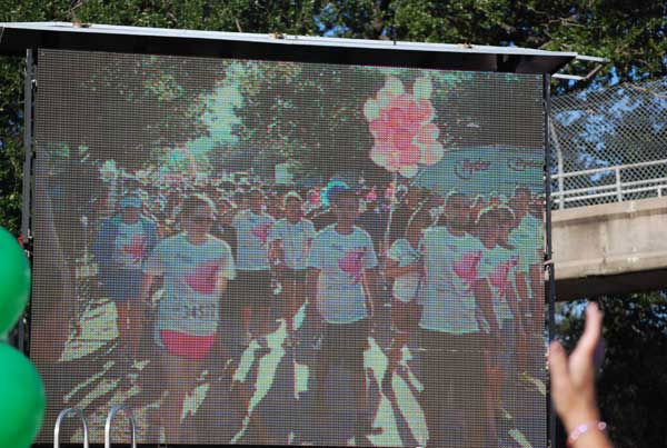 It was a picture perfect morning for the 21st annual Susan G. Komen Race for the Cure in downtown Houston <span class=meta>(KTRK&#47;Gina Larson)</span>