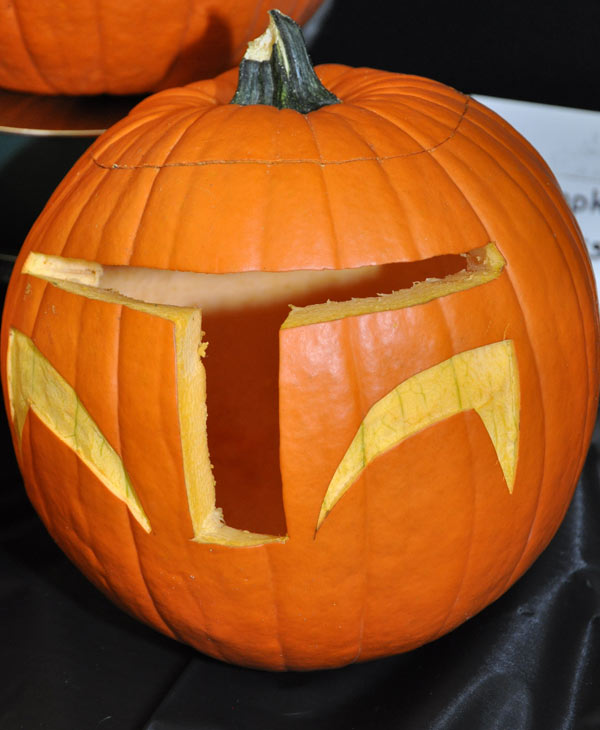 "<div class=""meta ""><span class=""caption-text "">Images from the 14th Annual Pumpkin Carving Contest -- Cast your vote for your favorite at batcetera.com (KTRK/Blanca Beltran)</span></div>"