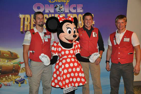 "<div class=""meta ""><span class=""caption-text "">Minnie Mouse made a special appearance to patients at Children?s Memorial Hermann Hospital, home to Houston?s largest and busiest Level 1 pediatric trauma center.  Disney On Ice presents Treasure Trove is performing at Reliant Stadium from Wednesday, November 7 through Sunday, November 11, and Children?s Memorial Hermann Hospital patients were given a sneak peek.  Disney is the parent company of KTRK-TV.  (Photo/ABC-13)</span></div>"