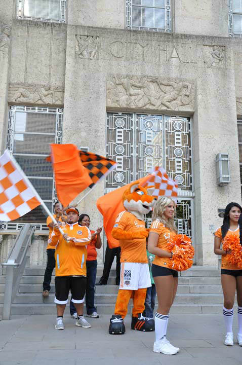 "<div class=""meta image-caption""><div class=""origin-logo origin-image ""><span></span></div><span class=""caption-text"">A rally was held for the Dynamo team at City Hall Friday, November 9, 2012.  The Dynamo advanced to the Eastern Conference finals this Sunday at BBVA Compass Stadium against DC United. (Photo/ABC-13)</span></div>"