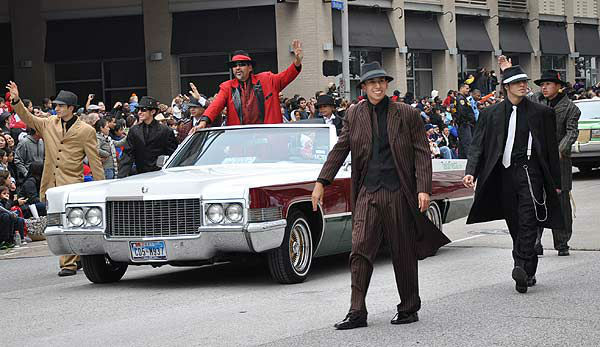 "<div class=""meta ""><span class=""caption-text "">The 62nd Annual Holiday Parade came to life on the streets of downtown Houston to provide an exciting start to the holiday season on Thanksgiving morning, Thursday, November 24, 2011. (KTRK Photo)</span></div>"