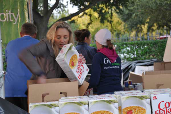 "<div class=""meta image-caption""><div class=""origin-logo origin-image ""><span></span></div><span class=""caption-text"">Photos from our 33rd annual Share Your Holidays food drive, as generous viewers and volunteers help with donations (Photo/ABC13)</span></div>"