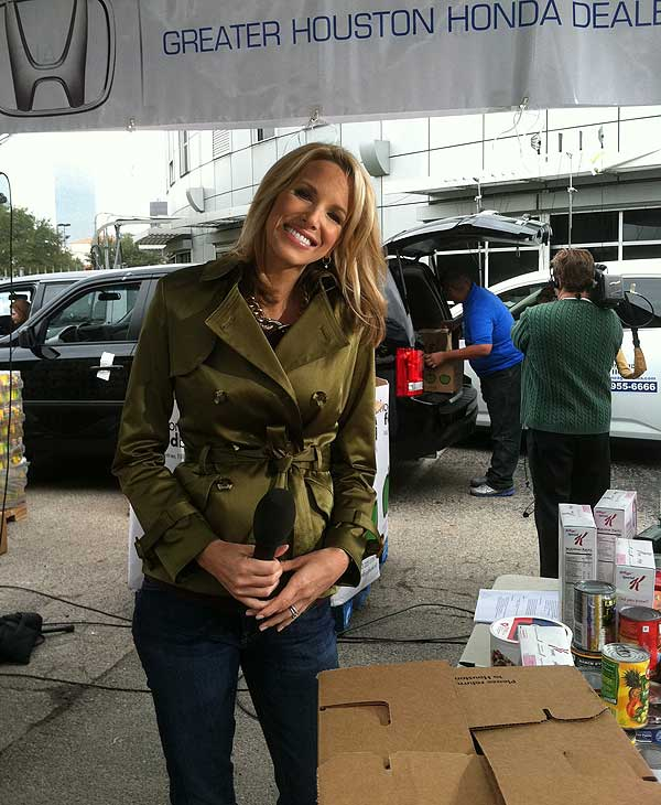 Images of ABC-13's Share Your Holidays Food Drive at Channel 13 studios