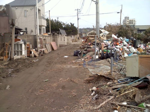 Photos from tsunami-affected region <span class=meta>(Photo&#47;Adela Uchida)</span>