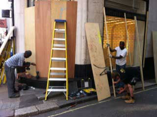 Bond Street area business owners are closing shops early tonight, some are even boarding up windows and clearing merchandise as a precaution.  The riots have not come close to this part of town but no one is sure what might be next.  <span class=meta>(Christine Dobbyn)</span>