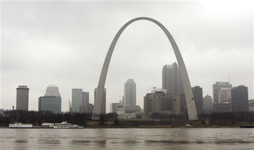 The Gateway arch towers over the St. Louis skyline on a dreary,rainy day, Thursday, Feb. 24, 2011 in St. Louis. The city of St. Louis lost nearly 29,000 people during the past decade, a decline of about 8 percent of its population.&#40;AP Photo&#47;Tom Gannam&#41; <span class=meta>(AP Photo&#47; Tom Gannam)</span>