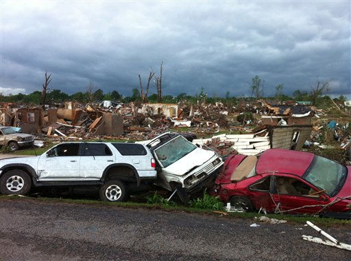 "<div class=""meta ""><span class=""caption-text "">A tornado has flattened Pleasant Grove, Ala., a subdivision of Mountain Grove, Thursday, April 28. 2011. Dozens of tornadoes spawned by a powerful storm system wiped out entire towns across a wide swath of the South, killing at least 194 people, and officials said Thursday they expect the death toll to rise.  (AP Photo/Greg Bluestein) (AP Photo/ Greg Bluestein)</span></div>"