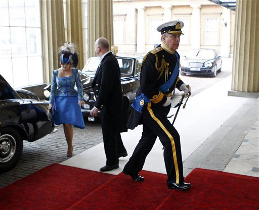 "<div class=""meta ""><span class=""caption-text "">Britain's Prince Andrew, right, and his daughter Eugenie arrive at Buckingham Palace after the wedding ceremony of Britain's Prince William and Catherine, Duchess of Cambridge, in central London April 29, 2011. (AP Photo/ANDREW WINNING, Pool) (Photo/ANDREW WINNING)</span></div>"