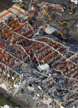 "<div class=""meta ""><span class=""caption-text "">A destroyed Home Depot is seen in Joplin, Mo. Tuesday, May 24, 2011.  A large tornado moved through much of the city Sunday, damaging a hospital and hundreds of homes and businesses.   (AP Photo/Charlie Riedel) (AP Photo/ Charlie Riedel)</span></div>"