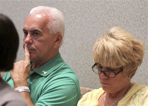 "<div class=""meta ""><span class=""caption-text "">George and Cindy Anthony sit in the courtrooom shortly before the state rested its case in the murder trial of their daughter, Casey Anthony, at the Orange County Courthouse, in Orlando, Fla., Wednesday, June 15, 2011.  Casey Anthony, 25,  is charged with killing her 2-year old daughter in 2008.  (AP Photo/Red Huber,Pool) (AP Photo/ Red Huber)</span></div>"