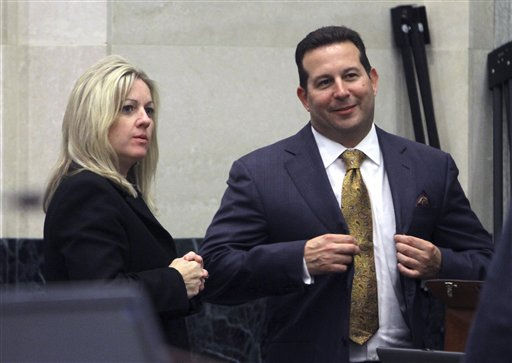 "<div class=""meta ""><span class=""caption-text "">Prosecutor Linda Drane Burdick, left, and defense counsel,Jose Baez, prepare to leave the courtroom at the end of the 20th day of the murder trial of Casey Anthony at the Orange County Courthouse, in Orlando, Fla., Thursday, June 16, 2011. Anthony, 25, is charged with killing her 2-year old daughter in 2008.(AP Photo/Red Huber, Pool) (AP Photo/ Red Huber)</span></div>"