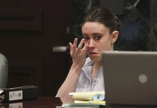 "<div class=""meta ""><span class=""caption-text "">Casey Anthony wipes tears from her eye as she listens to her mother Cindy Anthony testify in her murder trial at the Orange County Courthouse in Orlando, Fla., on Friday, June 24, 2011. Anthony, 25, is charged with the murder of her 2-year old daughter in 2008.(AP Photo/Red Huber,Pool) (AP Photo/ Red Huber)</span></div>"