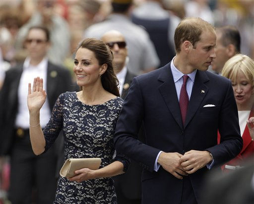 Prince William and Kate, the Duke and Duchess of Cambridge at the Official Welcome Ceremony to Canada at Rideau Hall in Ottawa, Canada, on their first official overseas trip Thursday, June 30, 2011. &#40;AP Photo&#47;Charlie Riedel&#41; <span class=meta>(AP Photo&#47; Charlie Riedel)</span>