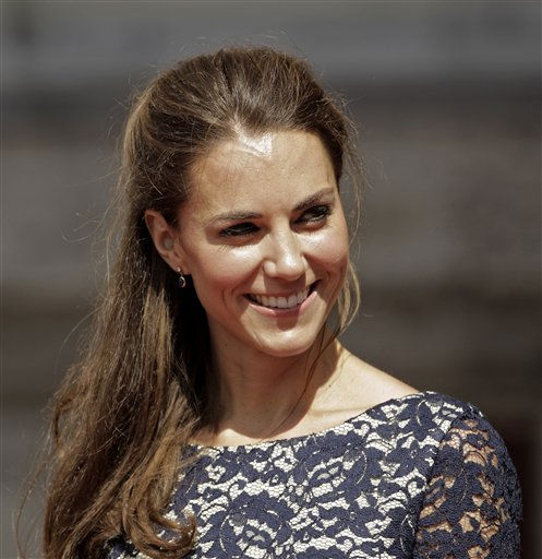 Kate, the Duchess of Cambridge at the Official Welcome Ceremony to Canada at Rideau Hall in Ottawa, Canada Thursday, June 30, 2011. &#40;AP Photo&#47;Charlie Riedel&#41; <span class=meta>(AP Photo&#47; Charlie Riedel)</span>