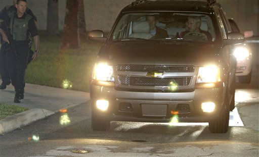 Casey Anthony, behind driver, with her lawyer Jose Baez, back left, leaves the  the Orange County Jail in Orlando, Fla., early Sunday, July 17, 2011.  Anthony was acquitted last week of murder in the death of her daughter, Caylee. &#40;AP Photo&#47;John Raoux&#41; <span class=meta>(AP Photo&#47; John Raoux)</span>