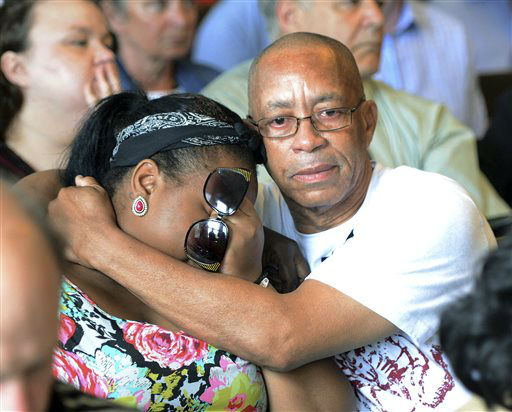 Family of Odin Lloyd react during the arraignment of former New England Patriots tight end Aaron Hernandez in Attleboro District Court Wednesday, June 26, in Attleboro, Mass. Hernandez was charged with murdering Lloyd, a 27-year-old semi-pro football player for the Boston Bandits, whose body was found June 17 in an industrial park in North Attleborough, Mass.     <span class=meta>(AP Photo&#47; Mike George)</span>