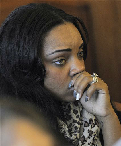 Shayanna Jenkins, fiancee of former New England Patriots football player Aaron Hernandez, listens in the courtroom during a bail hearing for Hernandez in Fall River Superior Court Thursday, June 27, 2013, in Fall River, Mass. Hernandez, charged with murdering Odin Lloyd, a 27-year-old semi-pro football player, was denied bail.   <span class=meta>(AP Photo&#47; Ted Fitzgerald)</span>