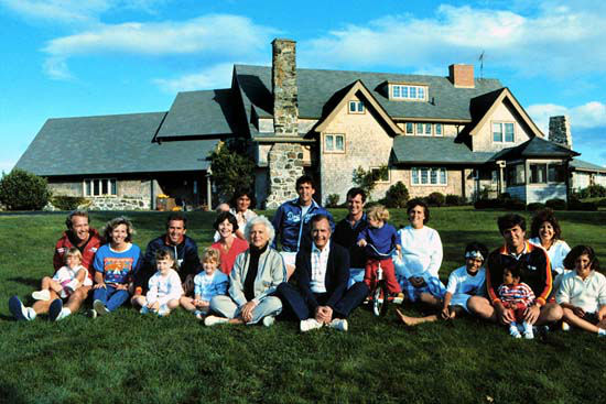George H W Bush and family in Kennebunkport ME  Photos provided by: George Bush Presidential Library and Museum