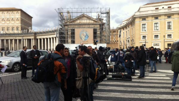 "<div class=""meta ""><span class=""caption-text "">Photos from Tom Koch's coverage from Rome as the process to select a new pope is underway. (Photo/Wendy Granato)</span></div>"