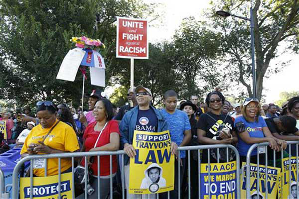 "<div class=""meta image-caption""><div class=""origin-logo origin-image ""><span></span></div><span class=""caption-text"">People attend a rally to commemorate the 50th anniversary of the 1963 March on Washington at the Lincoln Memorial in Washington, Saturday, Aug. 24, 2013. (AP Photo/Jose Luis Magana) (Photo/Jose Luis Magana)</span></div>"